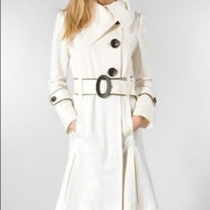Soia & Kyo Ivory and Black Belted Trench Coat M
